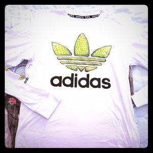 Adidas tshirt